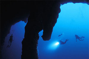 Diving the Great Blue Hole